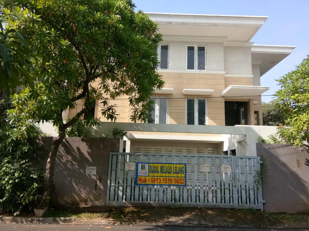 Dilelang 2 (dua) bidang tanah total seluas 361 m 2 berikut bangunan (Rumah Tinggal) di Jakarta Selatan