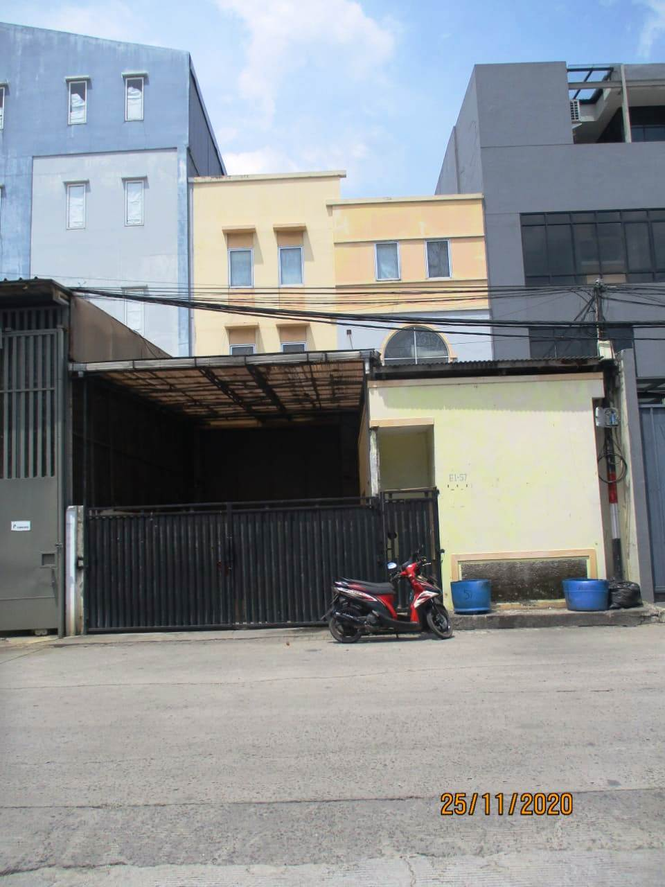 GUDANG DENGAN LUAS 252m2 DI PANTAI INDAH KAPUK (PIK), JAKARTA UTARA